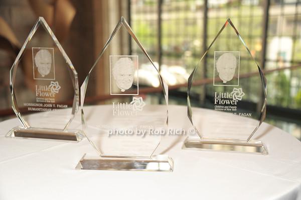 awards<br />   photo  by Rob Rich © 2014 robwayne1@aol.com 516-676-3939