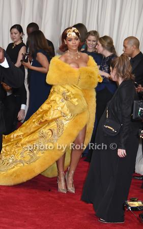 Rihanna photo by Rob Rich/SocietyAllure.com © 2015 robwayne1@aol.com 516-676-3939