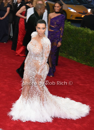 Kim Kardashian photo by Rob Rich/SocietyAllure.com © 2015 robwayne1@aol.com 516-676-3939