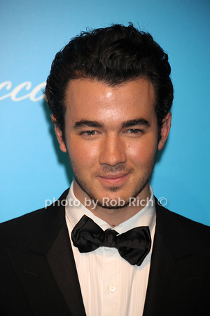 Kevin Jonas photo by Rob Rich/SocietyAllure.com © 2011 robwayne1@aol.com 516-676-3939