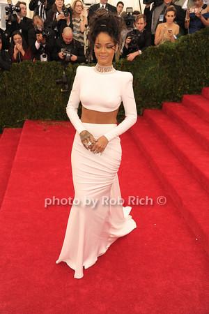 Rihanna photo by Rob Rich © 2014 robwayne1@aol.com 516-676-3939
