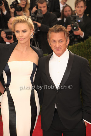 Charlize Theron and Sean Penn photo by Rob Rich © 2014 robwayne1@aol.com 516-676-3939