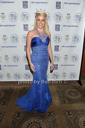 Teresa Scanlan (Miss Americia 2011)   photo by Rob Rich © 2011 robwayne1@aol.com 516-676-3939