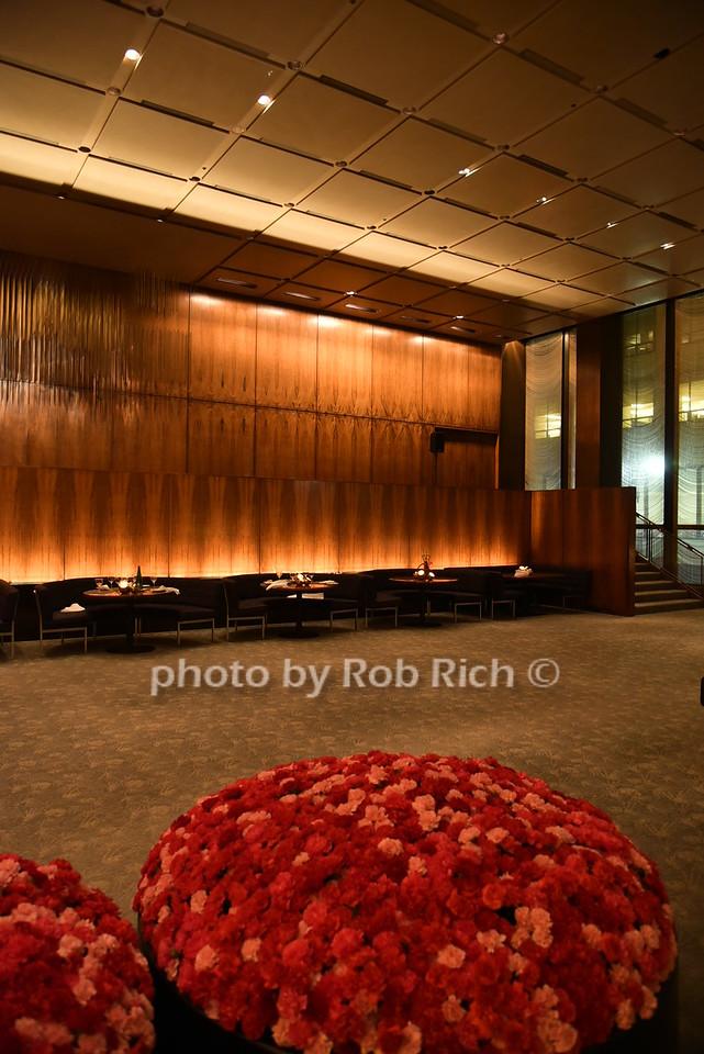 atmosphere at the Four Seasons restaurantphoto by Rob Rich/SocietyAllure.com © 2016 robwayne1@aol.com 516-676-3939