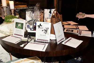 silent auction items photo by Rob Rich/SocietyAllure.com © 2015 robwayne1@aol.com 516-676-3939
