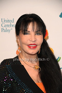 Loreen Arbus photo by Rob Rich/SocietyAllure.com © 2012 robwayne1@aol.com 516-676-3939
