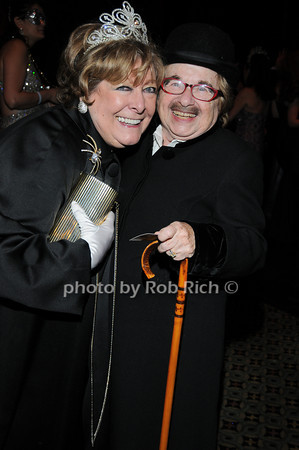 Catherine Saxton, Dr.Ruth Westheimer<br /> photo by Rob Rich © 2010 robwayne1@aol.com 516-676-3939