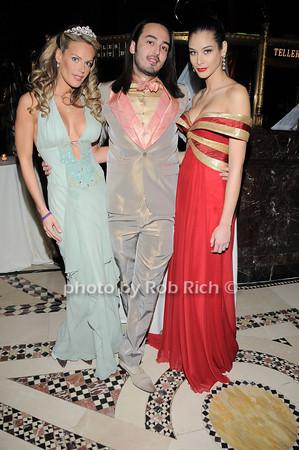 Heidi Albertsen, Designer Jad Ghandour , Miss Universe 2008 Dayana Mendoza  <br /> Heidi Albertsen, Designer Jad Ghandour , Miss Universe 2008 Dayana Mendoza  <br /> photo by Rob Rich © 2010 robwayne1@aol.com 516-676-3939