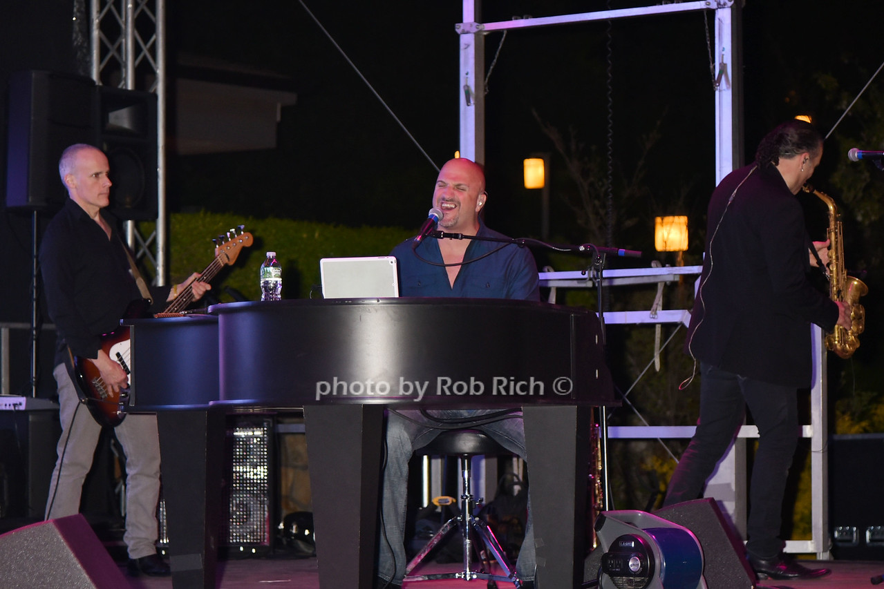 Big Shot photo by Rob Rich/SocietyAllure.com © 2016 robwayne1@aol.com 516-676-3939