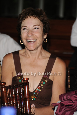 candid<br /> photo by Rob Rich © 2010 robwayne1@aol.com 516-676-3939