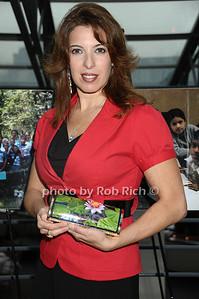 Debbie Brooks photo by Rob Rich © 2009 robwayne1@aol.com 516-676-3939