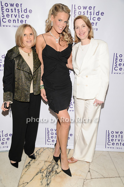 Bea Ifshin, Heidi Albertsen, Marcia Bell<br /> photo by Rob Rich © 2010 robwayne1@aol.com 516-676-3939