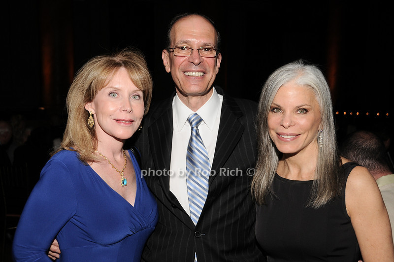 Tara Maxwell, Peter Santoro, Joan Siffert<br /> photo by Rob Rich © 2010 robwayne1@aol.com 516-676-3939