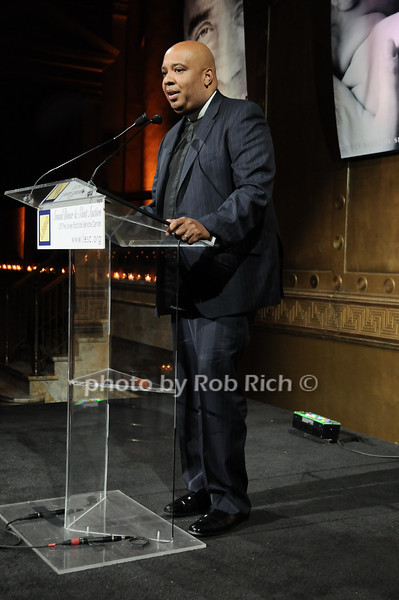 Rev Run<br /> photo by Rob Rich © 2010 robwayne1@aol.com 516-676-3939