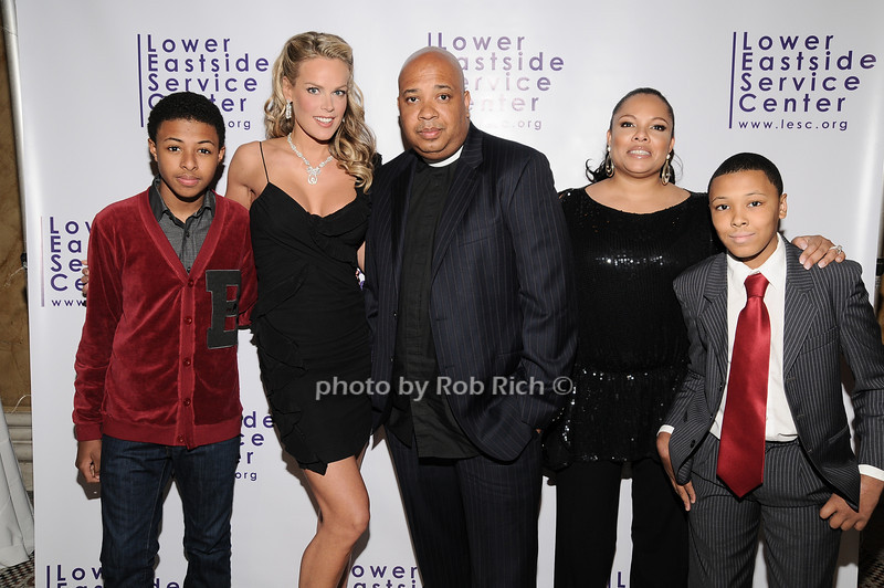 "Daniel ""Diggy"" Simmons, Heidi Albertsebn , Reverend Run, Justine Simmons, Russell ""Russy"" Simmons<br /> photo by Rob Rich © 2010 robwayne1@aol.com 516-676-3939"