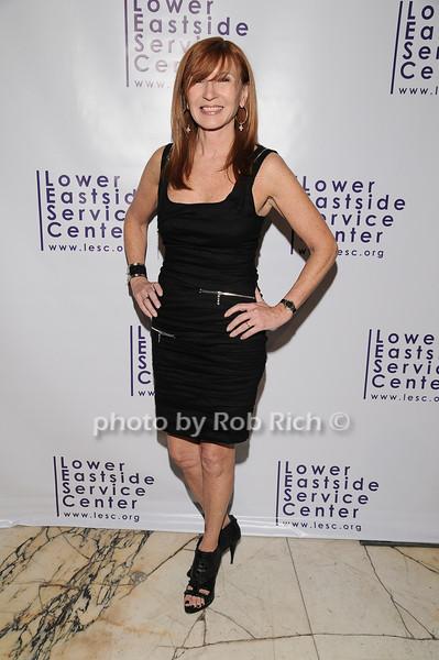 Nicole Miller<br /> photo by Rob Rich © 2010 robwayne1@aol.com 516-676-3939