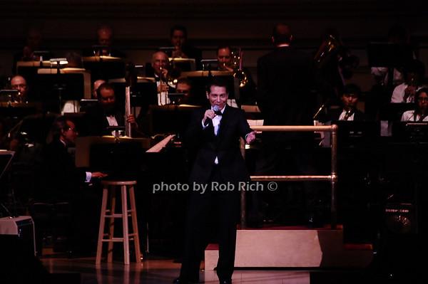 Michael Feinstein<br /> photo by Rob Rich © 2010 robwayne1@aol.com 516-676-3939