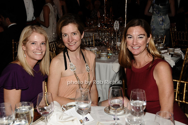 Jane Walkowicz, Karen ZuGan, Marcie Sohm<br /> photo by Rob Rich © 2010 robwayne1@aol.com 516-676-3939