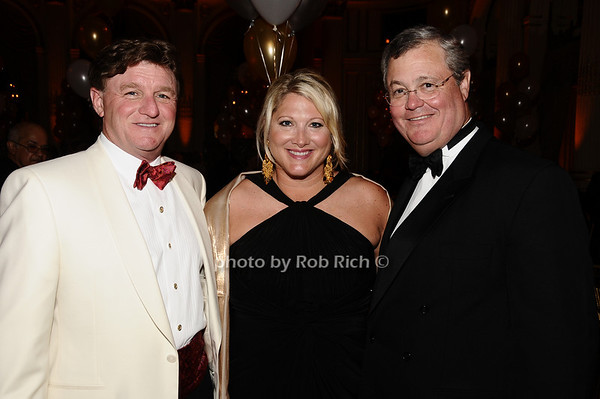 Sam Youngblood, Gayle Youngblood, Jim Read<br /> photo by Rob Rich © 2010 robwayne1@aol.com 516-676-3939