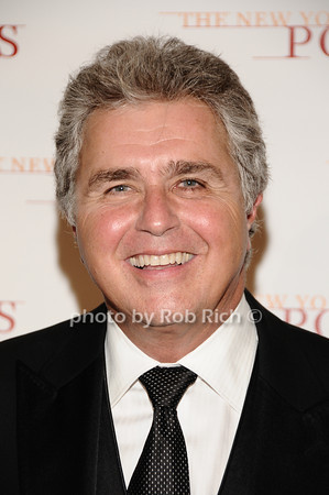 Steve Tyrell<br /> photo by Rob Rich © 2010 robwayne1@aol.com 516-676-3939