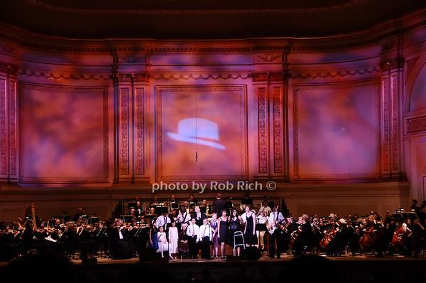 Michael Cerveris, Bad habit and the Ronald McDonald House Choir<br /> photo by Rob Rich © 2010 robwayne1@aol.com 516-676-3939