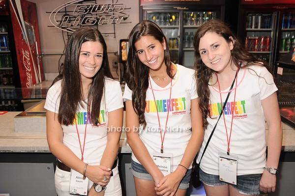 Alexa Baum, Melissa Weissberg, Randi Olan<br /> photo by Rob Rich © 2010 robwayne1@aol.com 516-676-3939