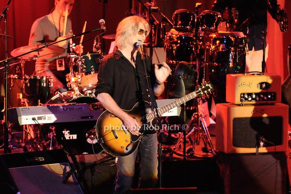 Daryl Hall<br /> photo by Rob Rich © 2010 robwayne1@aol.com 516-676-3939