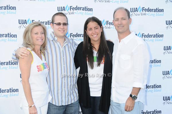 Joyce Sharfstein, Rob Sharfstein, Cori Sharfstein, Philip Sharfstein<br /> photo by Rob Rich © 2010 robwayne1@aol.com 516-676-3939