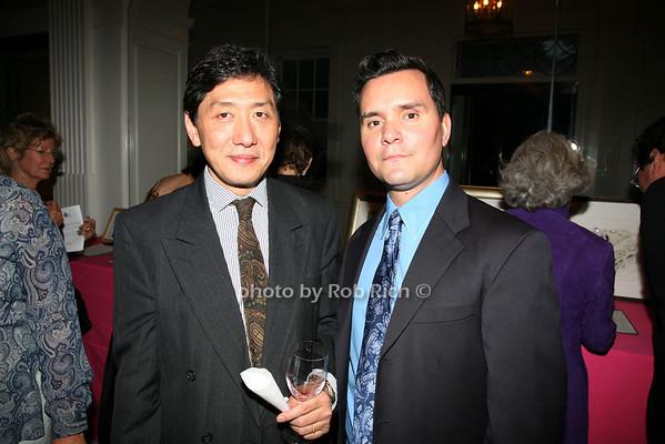 Kimio Honda, Roy Chicas