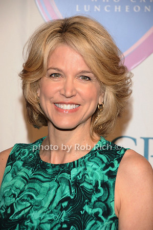 Paula Zahn<br />  photo by Rob Rich © 2010 516-676-3939 robwayne1@aol.com