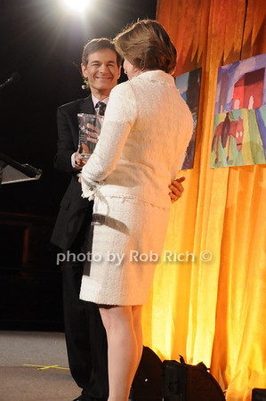 Dr. Mehmet Oz, Dr.Pamela Gallin<br /> photo by Rob Rich © 2010 516-676-3939 robwayne1@aol.com