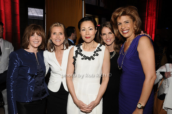 Linda Kaplan Thaler, Meredith Vieira, Ann Curry, Natalie Morales, Hoda Kotb<br /> photo by Rob Rich © 2010 516-676-3939 robwayne1@aol.com