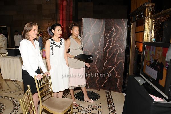 Meredith Vieira, Ann Curry, Tamara Tunie<br /> photo by Rob Rich © 2010 516-676-3939 robwayne1@aol.com