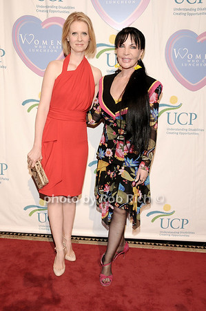 Cynthia Nixon, Loreen Arbus<br /> photo by Rob Rich © 2010 516-676-3939 robwayne1@aol.com