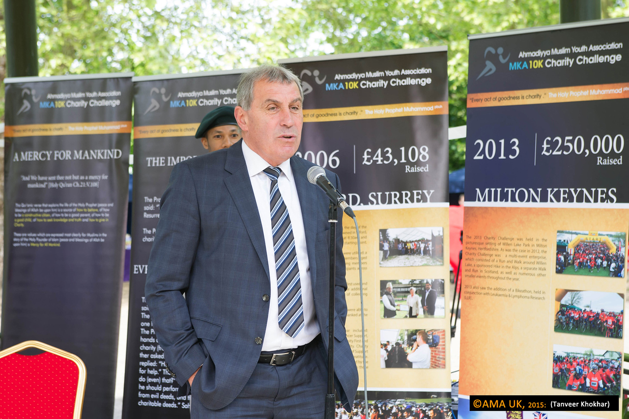 """Peter Shilton - former international England goalkeeper. Peter Shilton OBE, patron of the Rainbows Charity, commented: """"It's a genuine privilege to be involved in this event that raises money for some fantastic charities and presents young Muslims in a positive light. The AMYA does some fantastic work in communities and really brings people together."""" Hey . look at the  backfrop behind Peter... it shows that in 2006, £43,000 was raised and in 2013, that rose to £250,000 for the year!"""