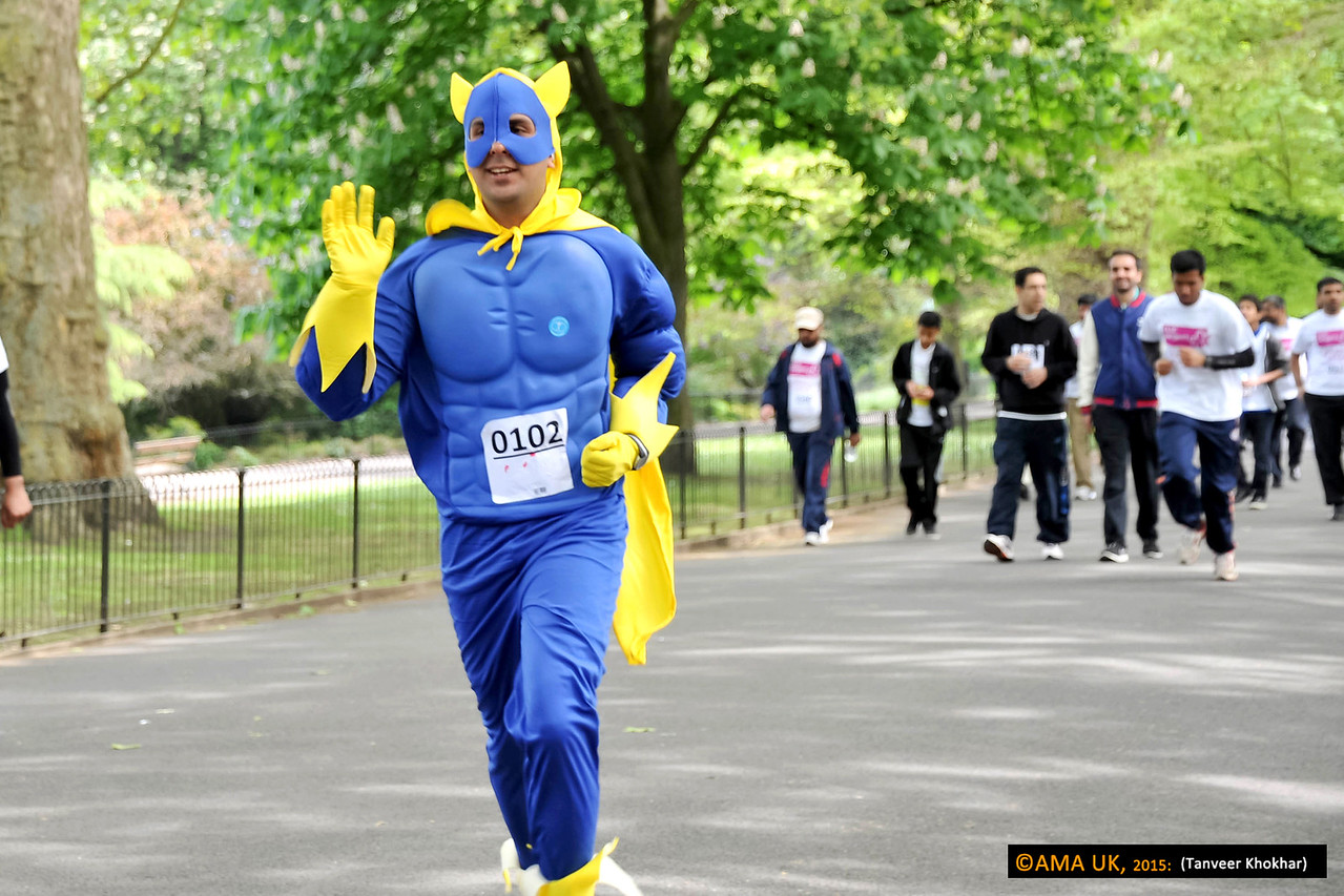Want to be noticed? Then dress up like this participant!