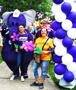 Debbie Blank | The Herald-Tribune Close to 400 prepare to depart Liberty Park on the Southeast Indiana Walk to end Alzheimer's route.