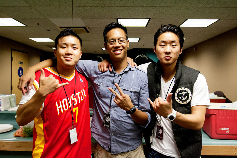 The Fung Brothers with Discover Euphoria Entertainment's Tim Wei (Middle)