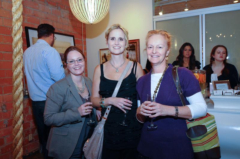 Leslie Hillendahl,Laura Carlock, Ann Knight