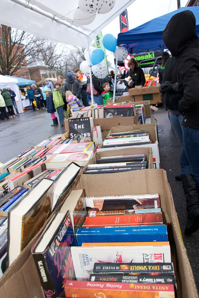 FOM Book Sale 25