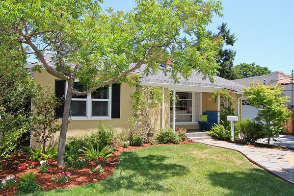 1007 Iris St, Redwood City