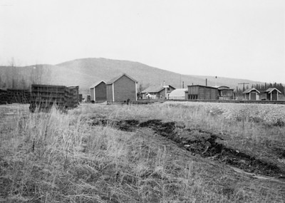 2021.009.PA.015--charles stats 3x4 print [US Army]--ARR--section house area scene looking north--North Dome AK--c1951 0000
