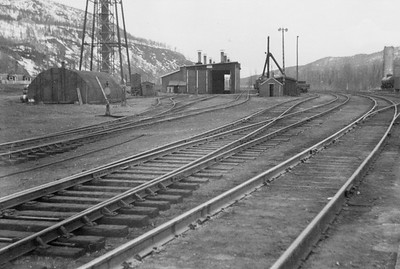 2021.009.PA.003--charles stats 3x4 print [US Army]--ARR--enginehouse scene--Curry AK--c1951 0000