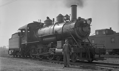 2021.009.02.008--charles stats PC neg [Doc Yungmeyer]--AT&N--Alabama Tennessee & Northern steam locomotive 4-6-0 28 with crewman--York AL--1939 1102