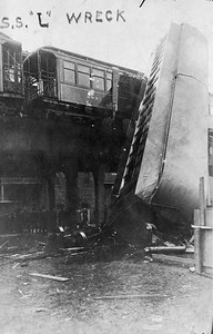 2021.009.RPPC.016--charles stats RPPC--CRT--derailment wreck on elevated Jackson Park local on southside 18 injured--Chicago IL--1908 0407