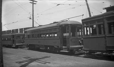 2021.009.4.025--charles stats 116 neg [Raymond Colombe]--CNS&M--streetcar 313 at carbarn--North Chicago IL--1938 0600
