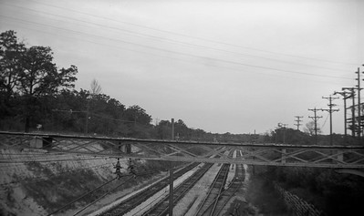 2021.009.4.003--charles stats 116 neg [Raymond Colombe]--CNS&M--view of right-of-way looking east from Green Bay Road--Lake Bluff IL--c1938 0000