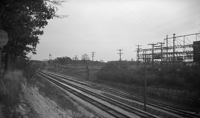 2021.009.4.004--charles stats 116 neg [Raymond Colombe]--CNS&M--view of right-of-way looking east from Green Bay Road--Lake Bluff IL--c1938 0000