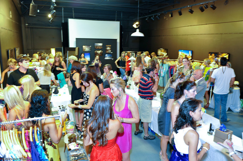 Fashion_benefit_CF_CCforP_Rick_Schmiedt-113