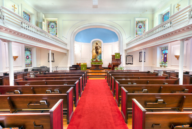 Photo of Redeemer Presbyterian Church in Charleston, SC